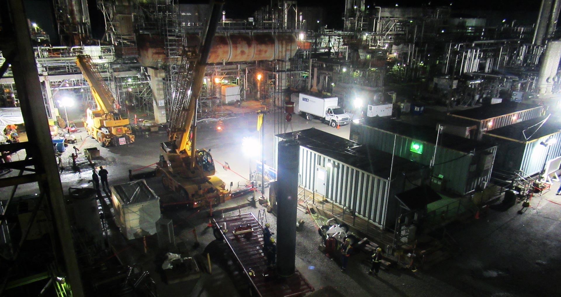 tiw-major-turnaround-project-platform-reactor-center-pipe-hoist-hero-1